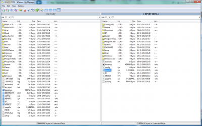 A split screen file transfer window showing folders and files on both the remote device as well as the local PC.